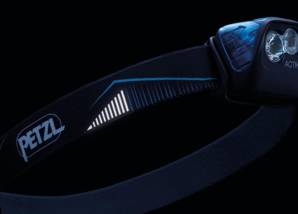Petzl Actik Stirnlampe, Blau Detailansicht 2